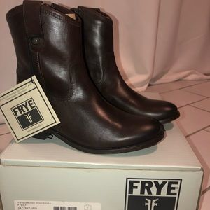 🆕 Frye Melissa Button Short - Sz 7.5, Dark Brown